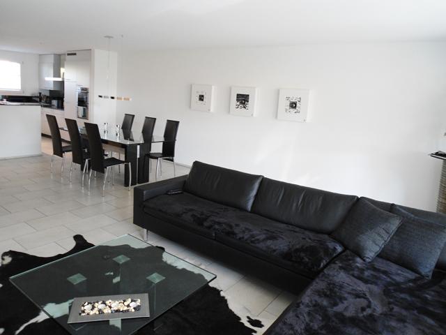 6037 root ein wohlf hltraum f r die ganze familie esco. Black Bedroom Furniture Sets. Home Design Ideas