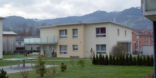 6074 Giswil, Exklusives Doppeleinfamilienhaus
