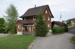 Heimeliges 4 1/2-Zimmer Einfamilienhaus mit Weitsicht