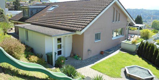 Exklusives 6 1/2-Zimmer Attika-Maisonette-Terrassenhaus